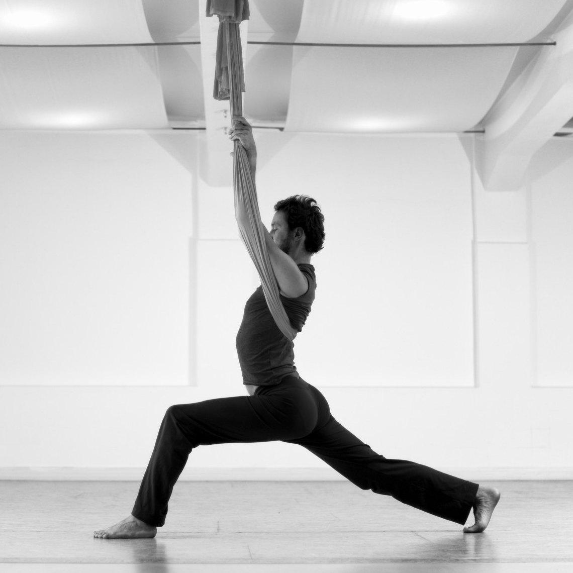 Aerial Yoga Klasse in Innsbruck